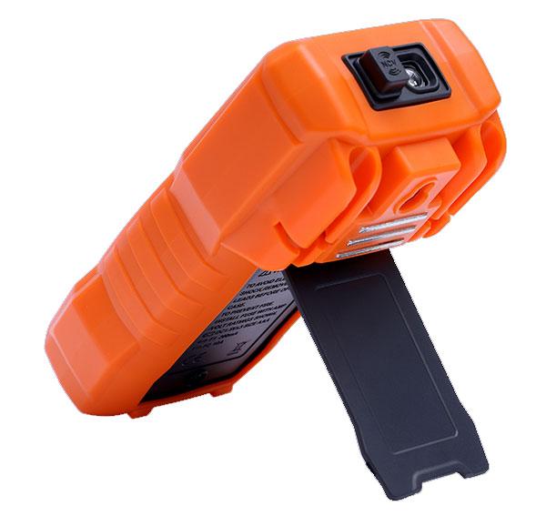 Цифровой мультиметр Richmeters RM-113D: вид на батарейный отсек