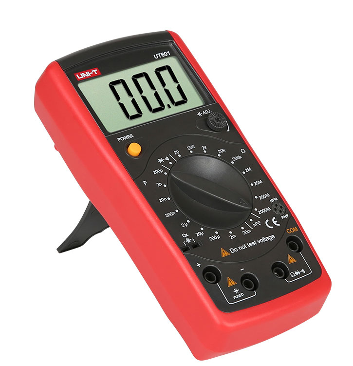 стандартная комплектация недорогого RC-метра UT601