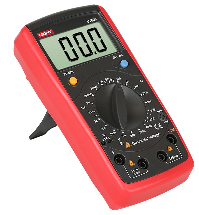 стандартная комплектация недорогого RC-метра UT603